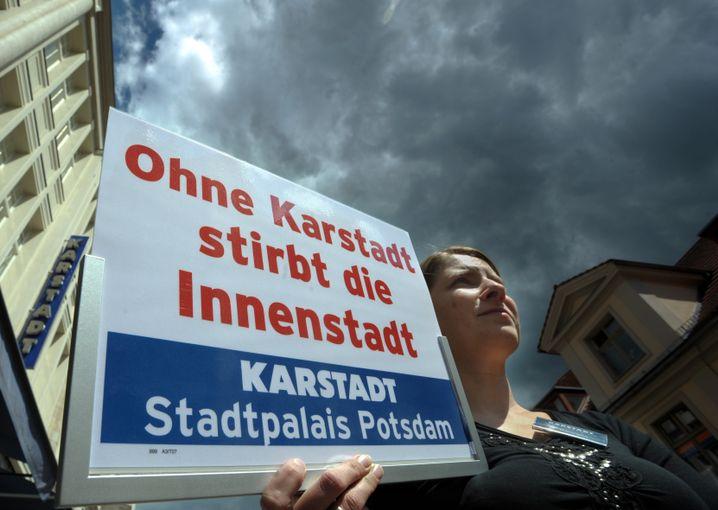 Arbeitnehmerprotest bei Karstadt in Potsdam: Hohe Mietbelastung
