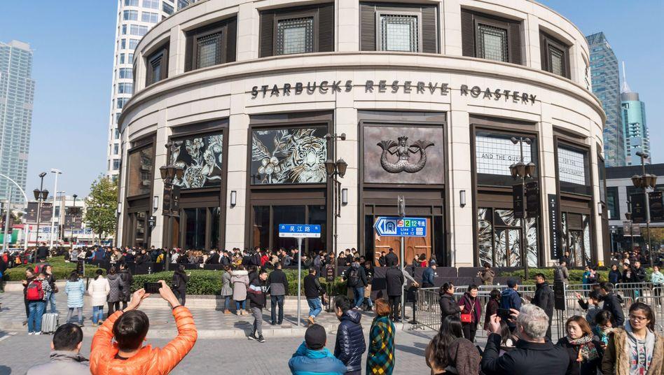 Starbucks-Filiale in Shanghai (Archiv)