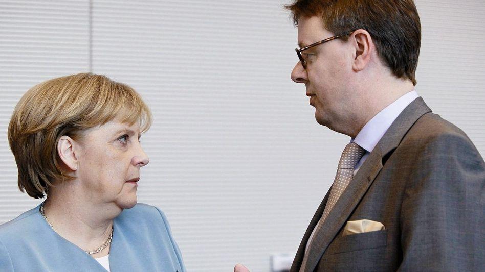 Unionspolitiker Merkel, Grosse-Brömer: Das Auffälligste an ihm ist sein Einstecktuch