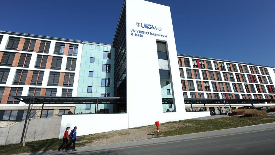 """Universitätsklinikum in Gießen (Archiv): Mitarbeiter """"körperlich bedrängt und bedroht"""""""