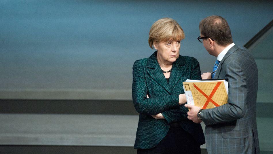 Kanzlerin Merkel, Minister Dobrindt: Massiver Widerstand von der CSU