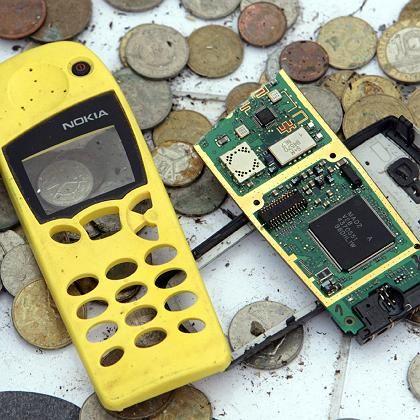 Zerstörtes Nokia-Handy: Symbolstarker Protest