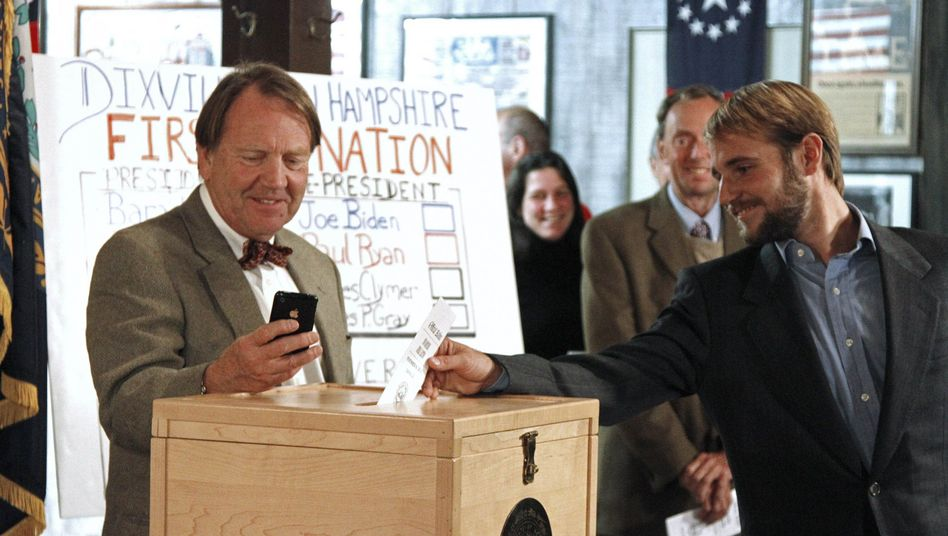 Auftakt der US-Wahlen: Patt zwischen Obama und Romney in Mini-Dorf Dixville Notch