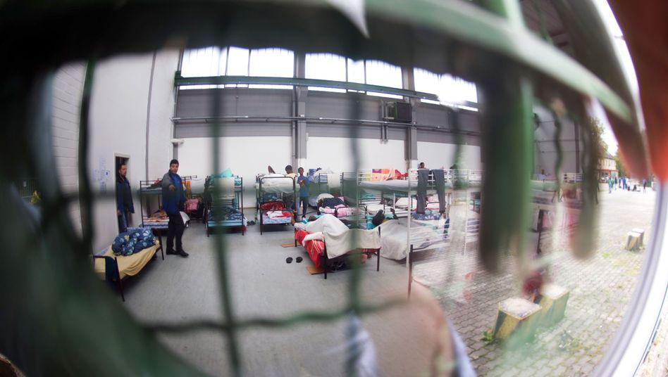 Flüchtlinge in der Bayernkaserne (Archiv): Erpressung erfolgt meist innerhalb ethnischer Gruppen