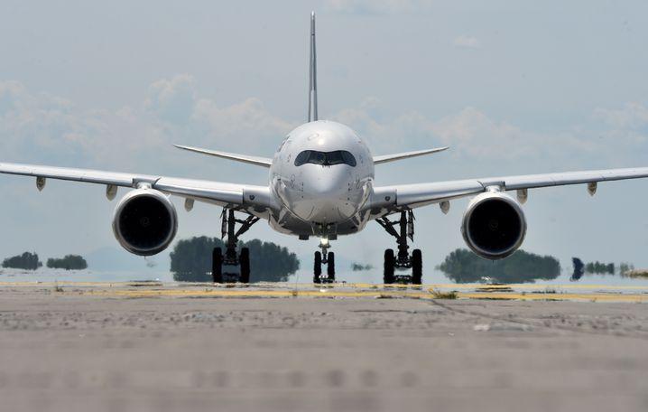 A350 der Lufthansa beim Start (Archivfoto)