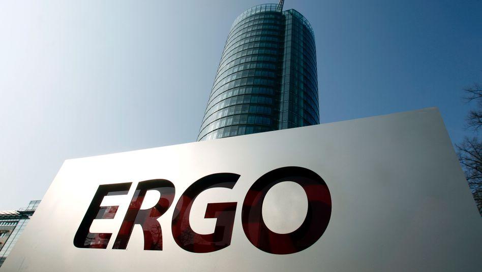 """Ergo-Zentrale in Düsseldorf: """"Wir arbeiten intensiv an der Aufklärung"""""""