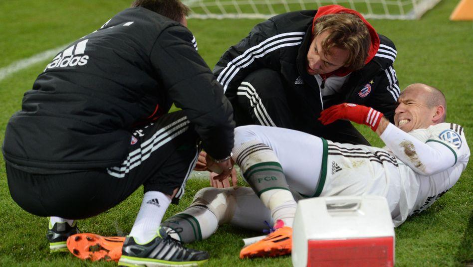Robben-Verletzung gegen Augsburg: Schuh im Knie
