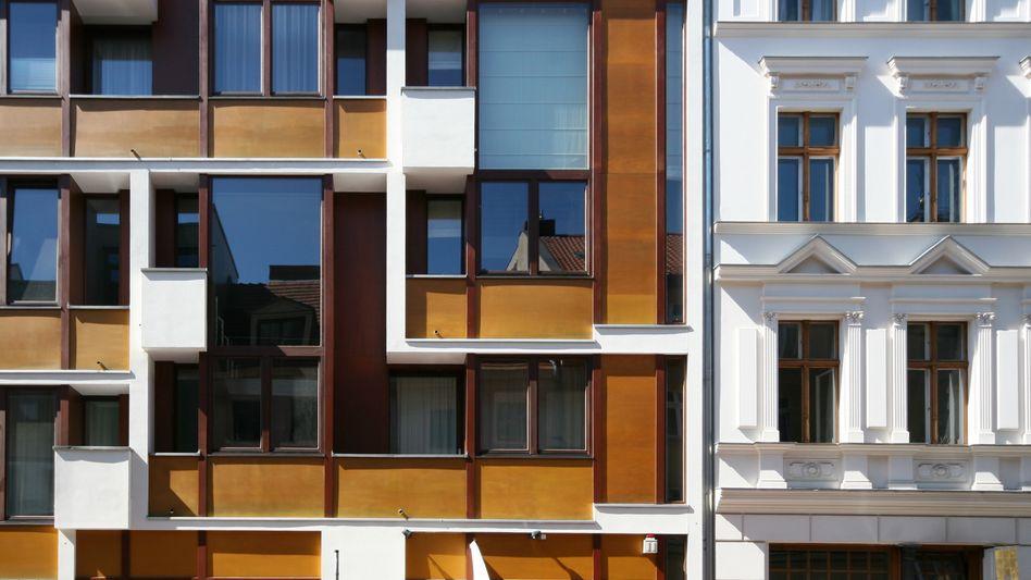 Schöne Fassaden – aber auch bezahlbar? Häuser in Berlin-Mitte
