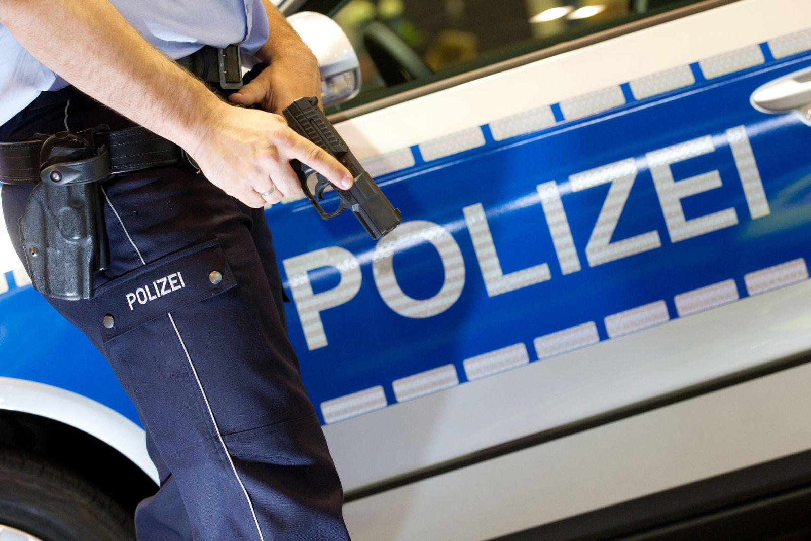 Dienstwaffe / Polizei
