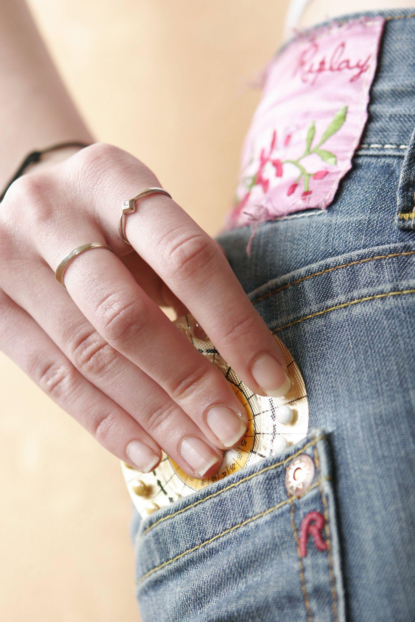 EINMALIGE VERWENDUNG Antibabypille / Jeans