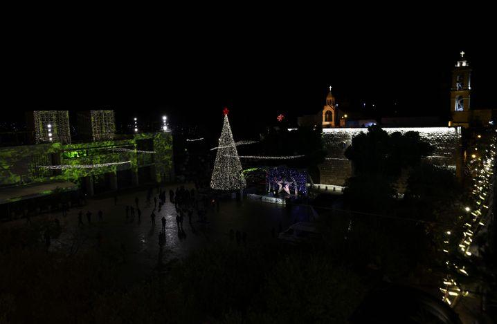 Leuchtet in die Nacht: Der Christbaum in Bethlehem