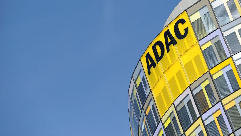 ADAC-Zentrale in München: Topmanager soll jahrelang Geld veruntreut haben