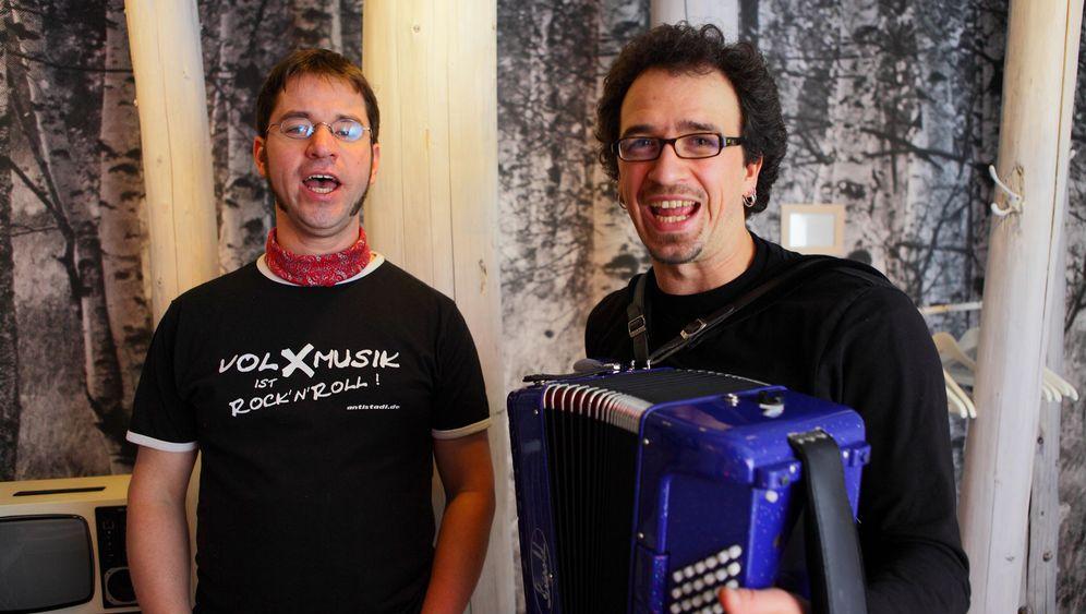 Roadtrip durch Deutschland: Zu Besuch bei Volksmusikern