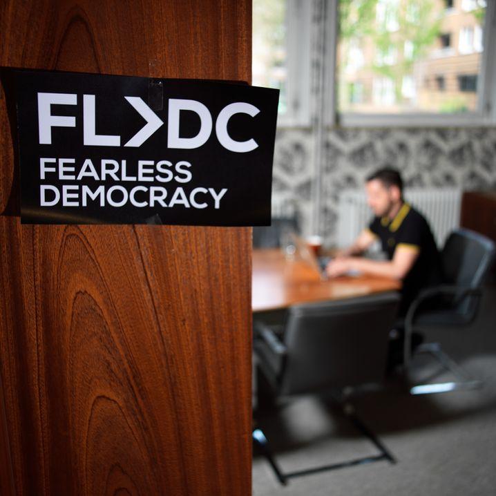 Fearless-Democracy-Blogger Hensel: Böse werden