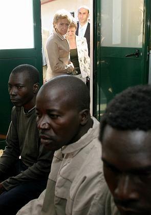 Flüchtlinge in Cueta: Angst vor Abschiebung