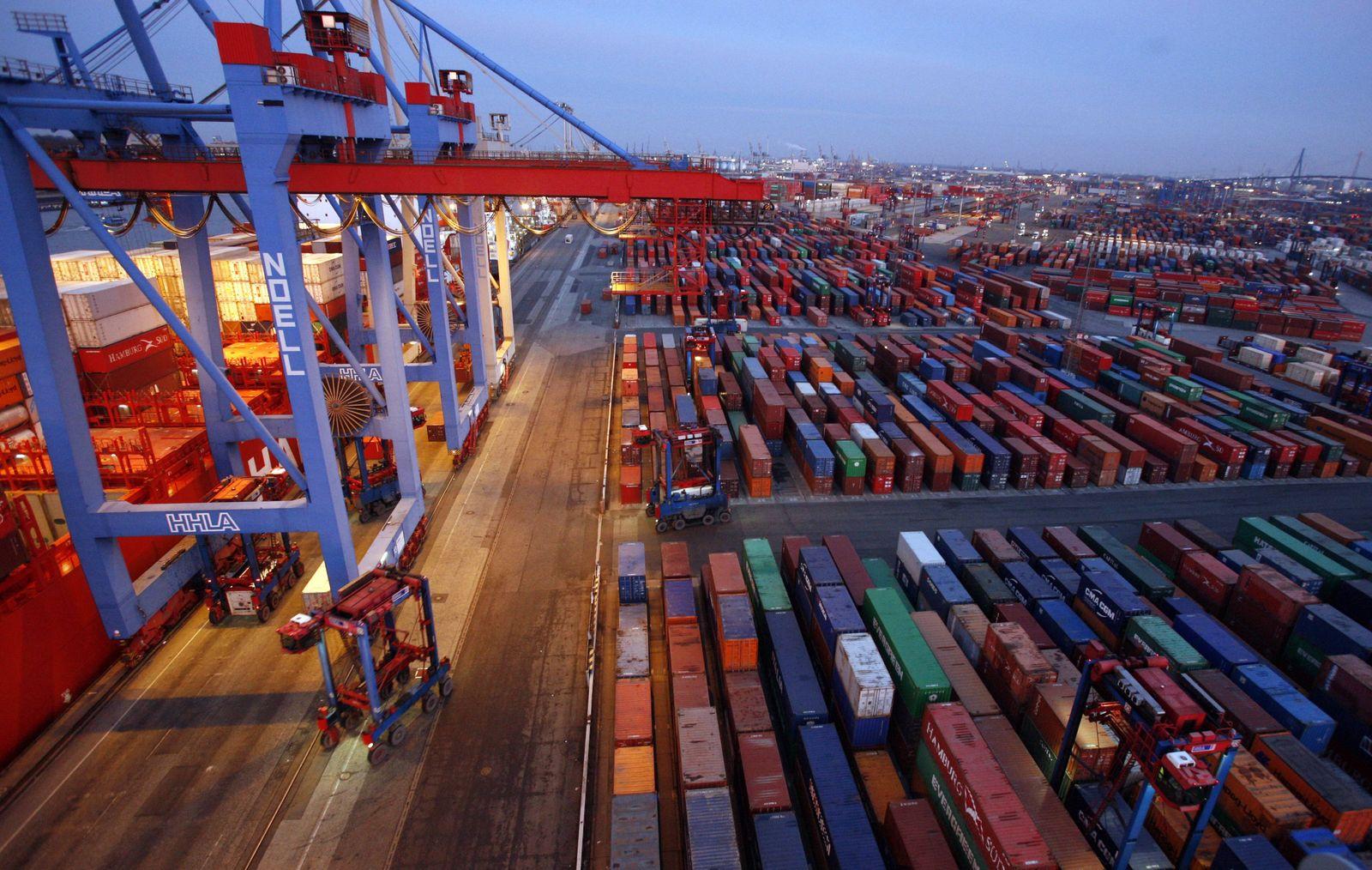 NICHT VERWENDEN Konjunktur / Hafen Hamburg