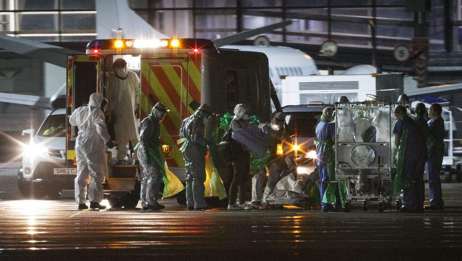 Schottische Ebola-Patientin (Archivbild): Auch nach der ersten Diagnose wurde sie in ein Londoner Krankenhaus eingeliefert