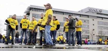 """Opel-Arbeiter in Rüsselsheim: EU warnt vor """"diskriminierenden Auflagen"""""""