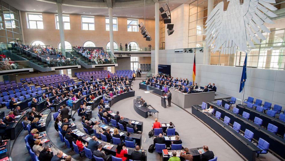Beschluss im Bundestag: Deutschland bekommt den Mindestlohn