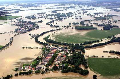 Überschwemmung in Sachsen 2002: Gefahr von Naturkatastrophen wächst