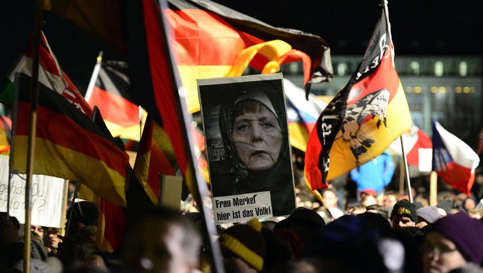Pegida-Plakate: Folgen für den Standort Dresden