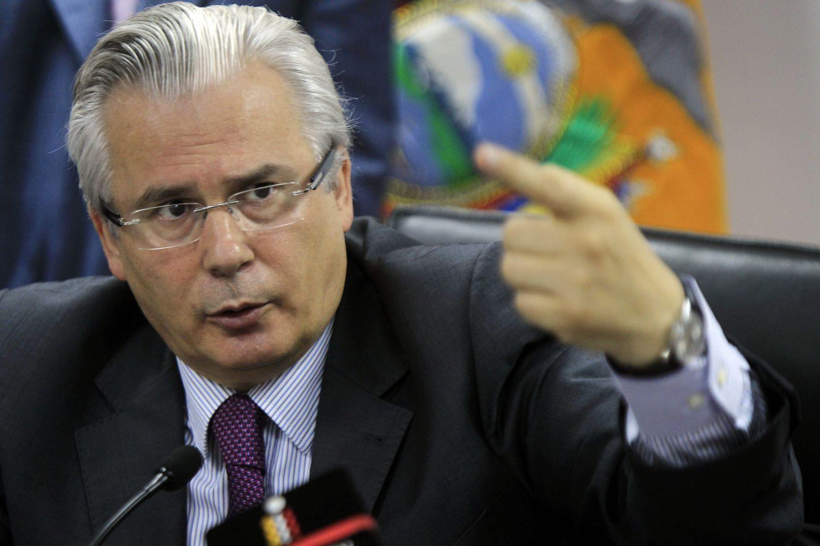 Former Spanish judge Baltasar Garzon to acts as their mediator