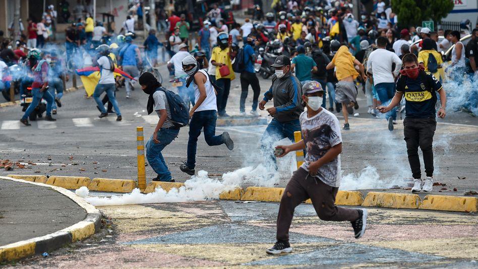 Protest gegen die kolumbianische Regierung in Cali: Von mehr als 40 Toten ist schon die Rede