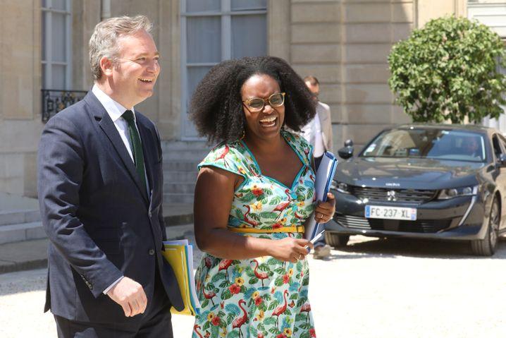 Gute Laune zum Anziehen: Mit ihrer bunten Garderobe krempelt Sibeth Ndiaye um, was in der französischen Regierung getragen wird