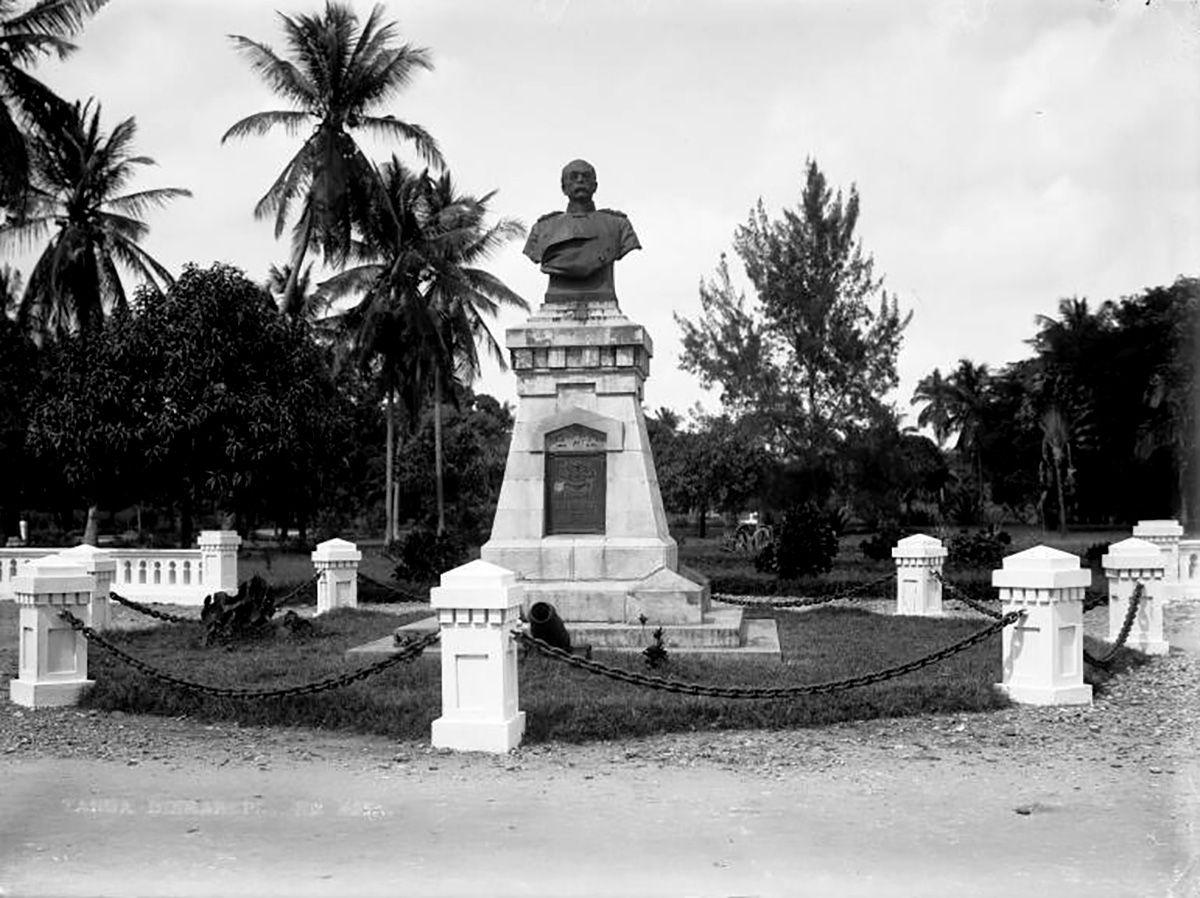 Tanga, Bismarckdenkmal