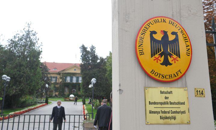 """Deutsche Botschaft in Ankara (Archivfoto): Außenminister Maas nennt Festnahme """"nicht nachvollziehbar"""""""