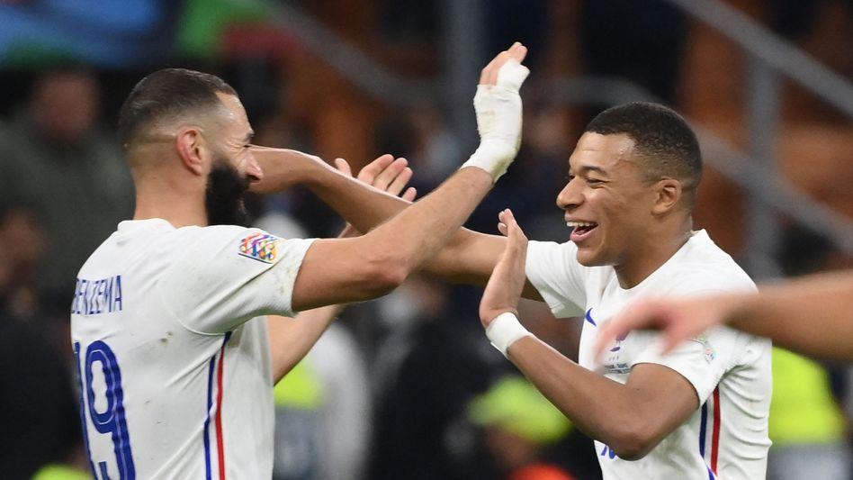 Karim Benzema (l.) traf zum Ausgleich, Kylian Mbappé erzielte den Siegtreffer