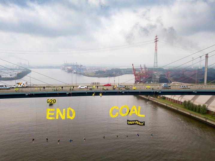 Greenpeace-Aktivisten fordern das Ende der klimaschädlichen Kohle