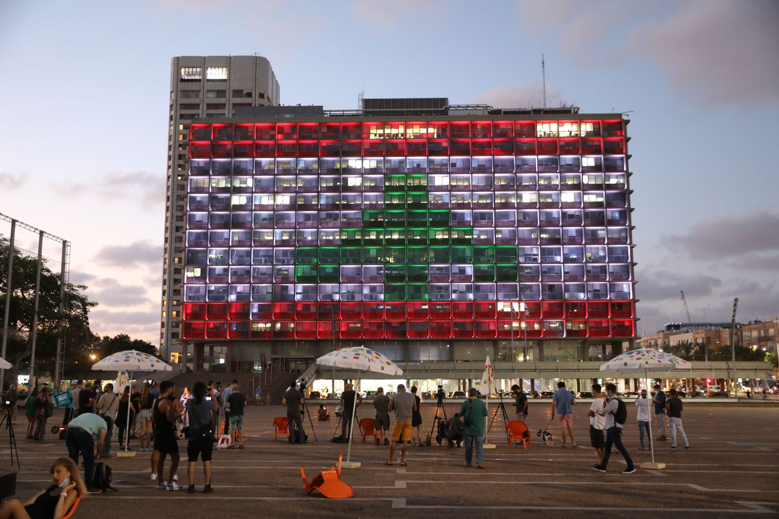 Tel Aviv solidarity with Beirut after explosion, Israel - 05 Aug 2020