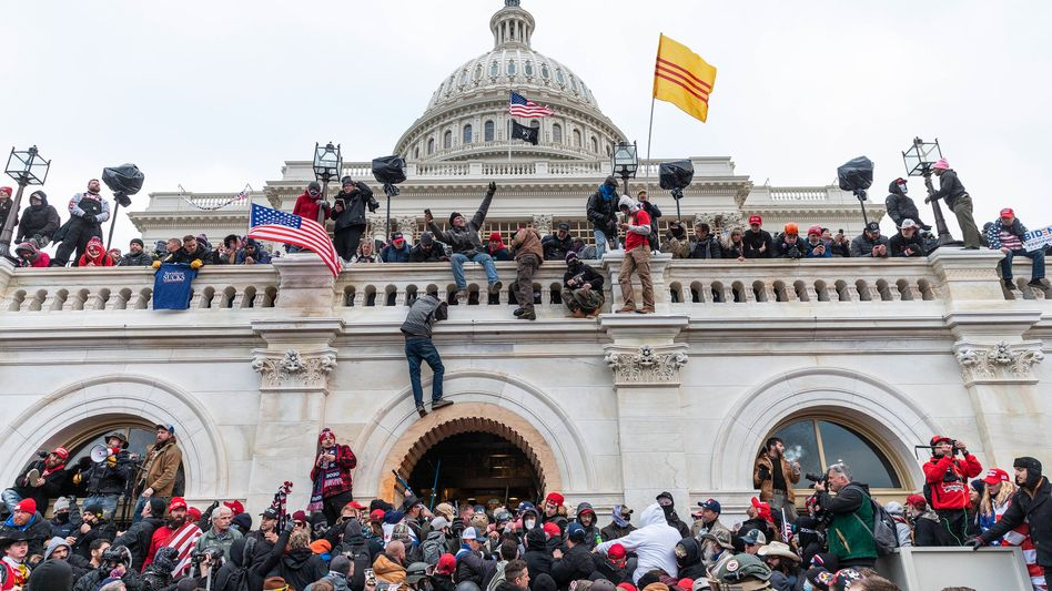 Sturm wütender Demonstranten auf das Kapitol in Washington: »Social Media hat den Organisatoren sicherlich geholfen«