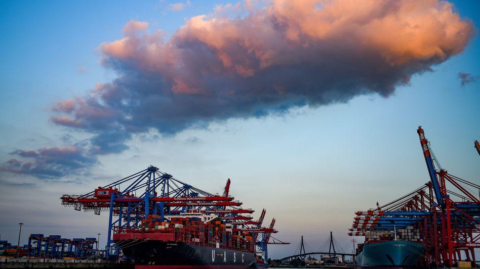Hamburger Hafen: Die Anlage zur Wasserelektrolyse würde einen dreistelligen Millionenbetrag kosten