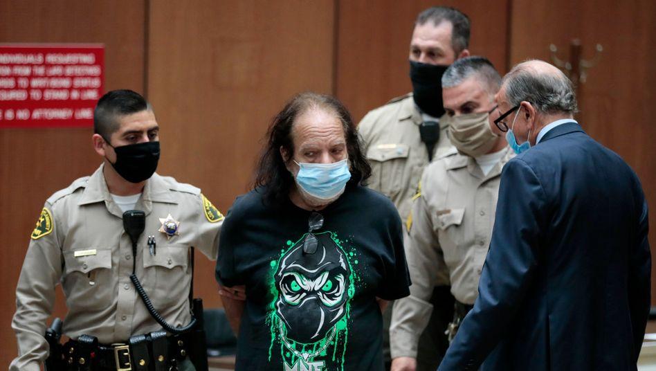 Ron Jeremy vor Gericht in Los Angeles (Juni 2020)