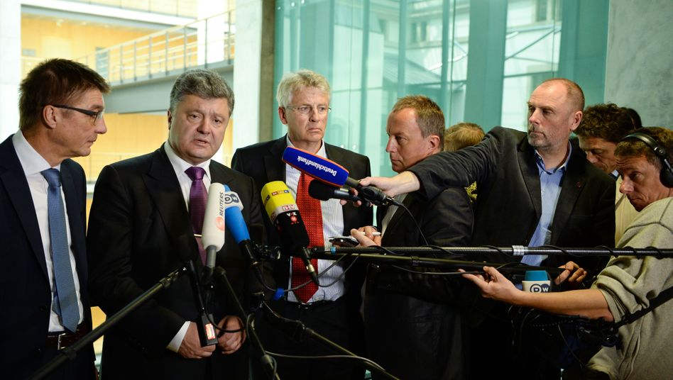 Karl-Georg Wellmann (CDU, links im Bild): Vorsitzender der Deutsch-Ukrainischen Parlamentariergruppe