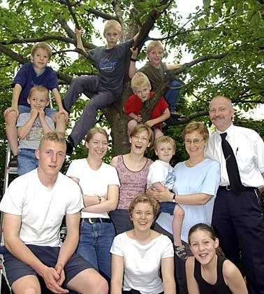Hier sind Organisationstalent und Teamgeist gefragt: Großfamilie mit 11 Kindern