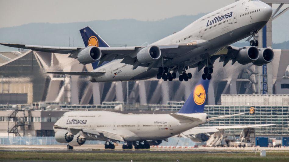 Boeing-Maschinen der Lufthansa (Archivbild): Nicht definiertes technisches Problem