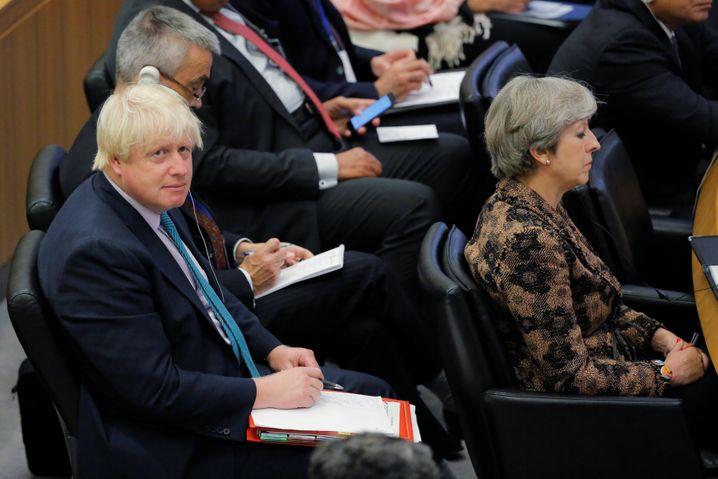 """Boris Johnson, Theresa May (bei einer Uno-Sitzung 2017): """"Völlige Geschichtsblindheit"""""""