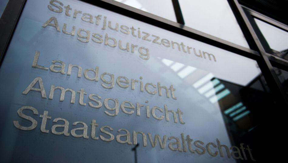 Justizgebäude in Augsburg: Auskunftsanspruch nach dem Pressegesetz