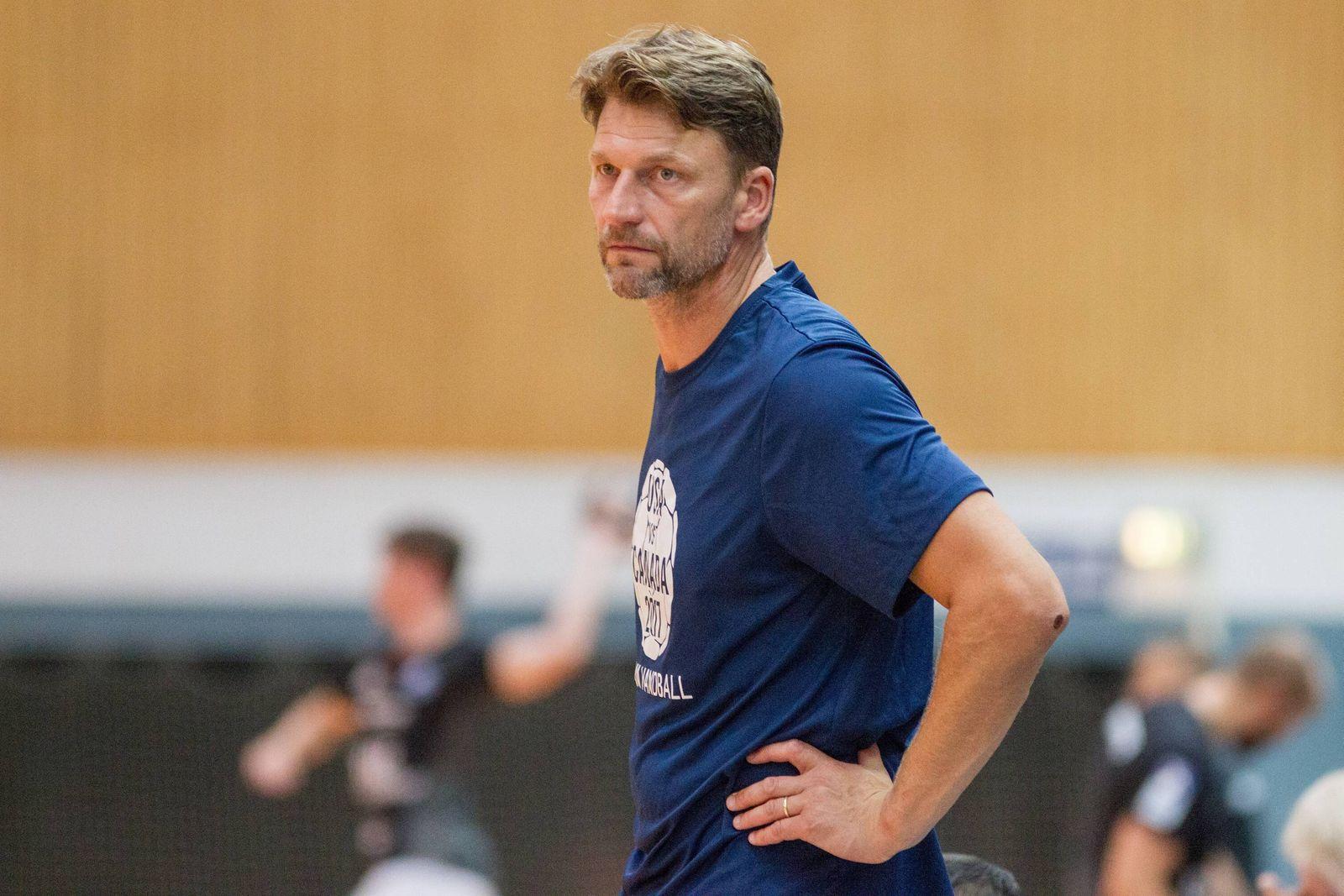 Robert Hedin Trainer Team USA Bergischer HC vs Team USA Handball HBL Testspiel 07 08 18 Solin