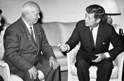 """Staatschefs Chrustschow, Kennedy: """"Es scheint einen kalten Winter zu geben"""""""