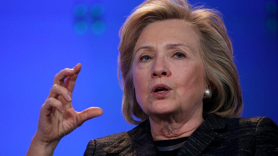 Ex-Außenministerin Clinton: Keine amtliche E-Mail-Adresse benutzt
