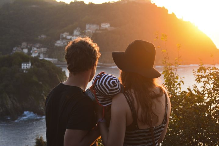 Leonie Zündorf und ihr Mann Nico mit Kind: Urlaub mit Baby ist anders