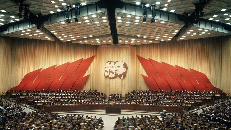 Parteitag der SED 1986 in Berlin