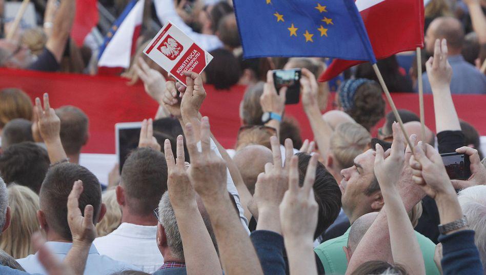 Proteste gegen die geplante Justizreform (in Warschau)