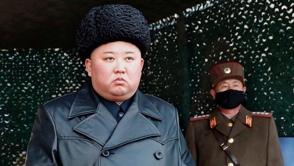 Länger nicht gesehen: Kim Jong Un bei einem seiner bislang letzten öffentlichen Auftritte im März 2020