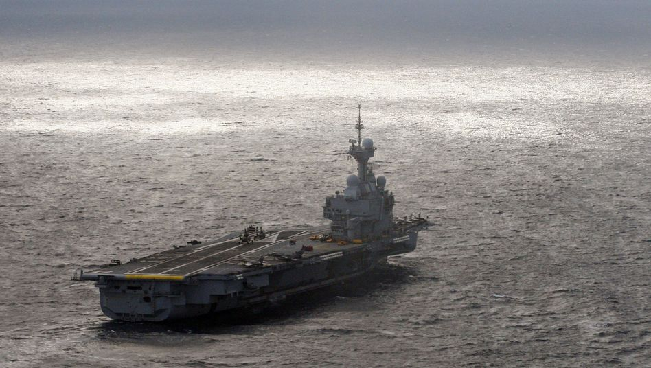 """Der Flugzeugträger """"Charles de Gaulle"""" wird zeitweise ins Mittelmeer verlegt"""