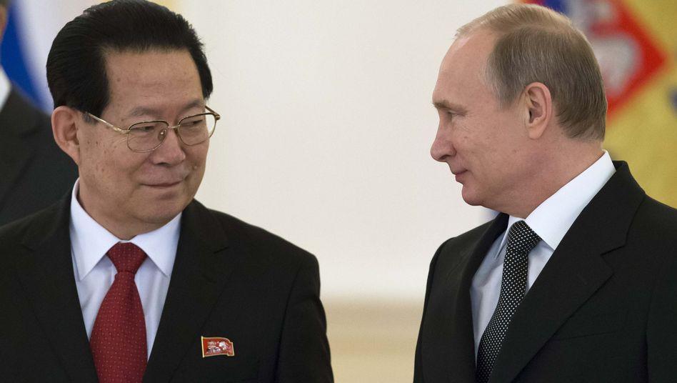 Nordkoreas neuen Botschafter Kim Hyun Joon zu Gast bei Putin: Stürmische Entwicklung